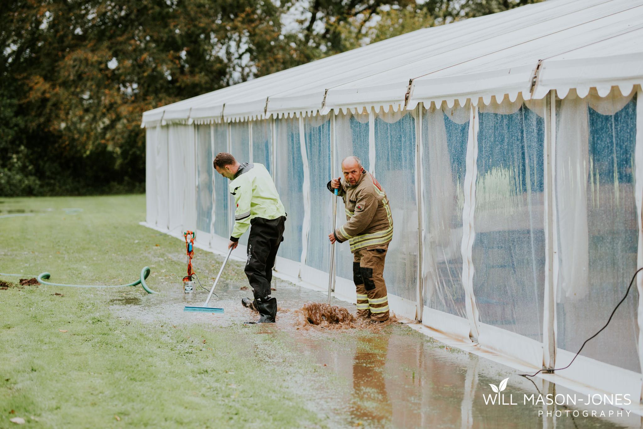 plas-glansevin-wet-rainy-bridal-wedding-preparations-swansea-photographers-3.jpg