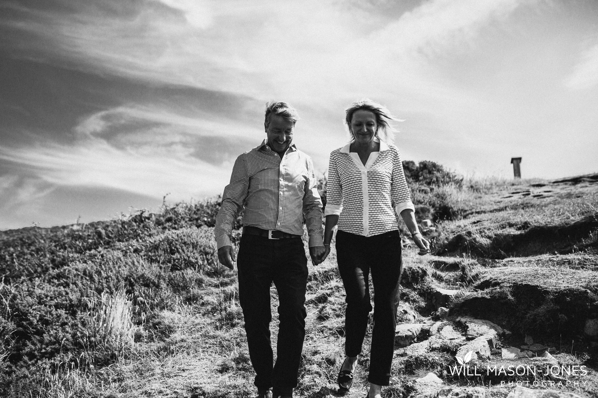 swansea-cardiff-pre-wedding-photographer-nash-point-lighthouse-llantwit-major-7.jpg