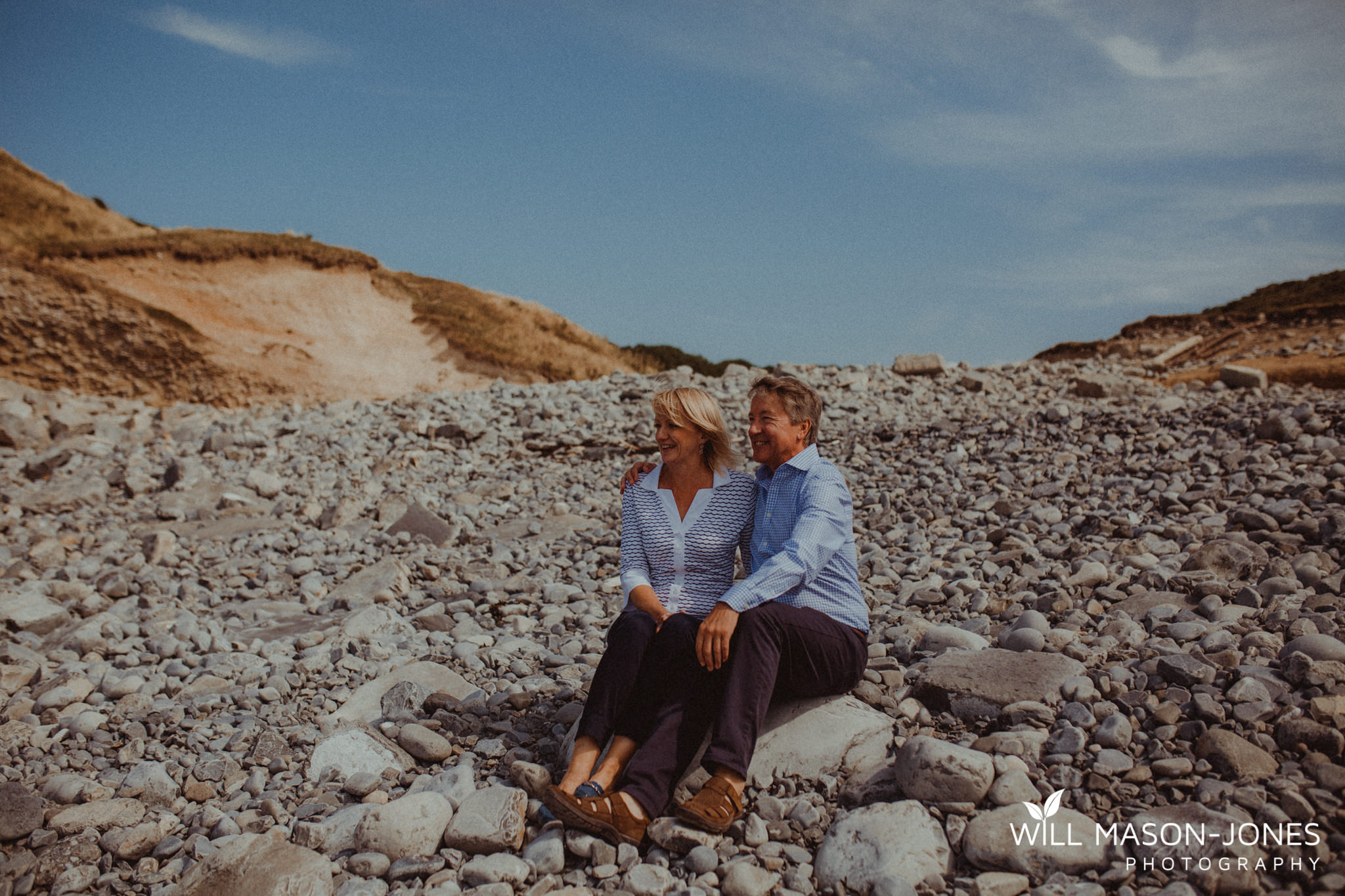 swansea-cardiff-pre-wedding-photographer-nash-point-lighthouse-llantwit-major-49.jpg