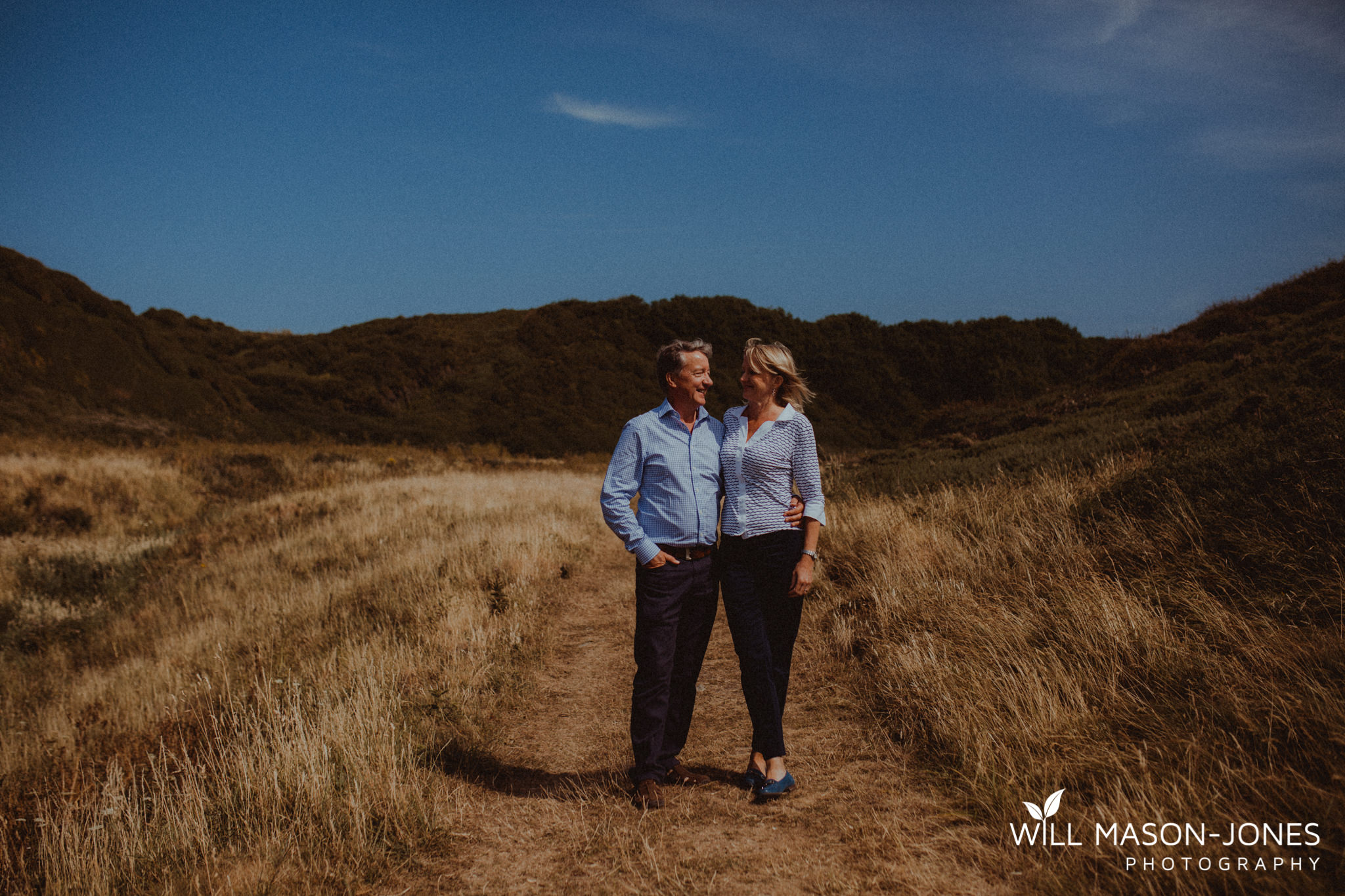 swansea-cardiff-pre-wedding-photographer-nash-point-lighthouse-llantwit-major-65.jpg
