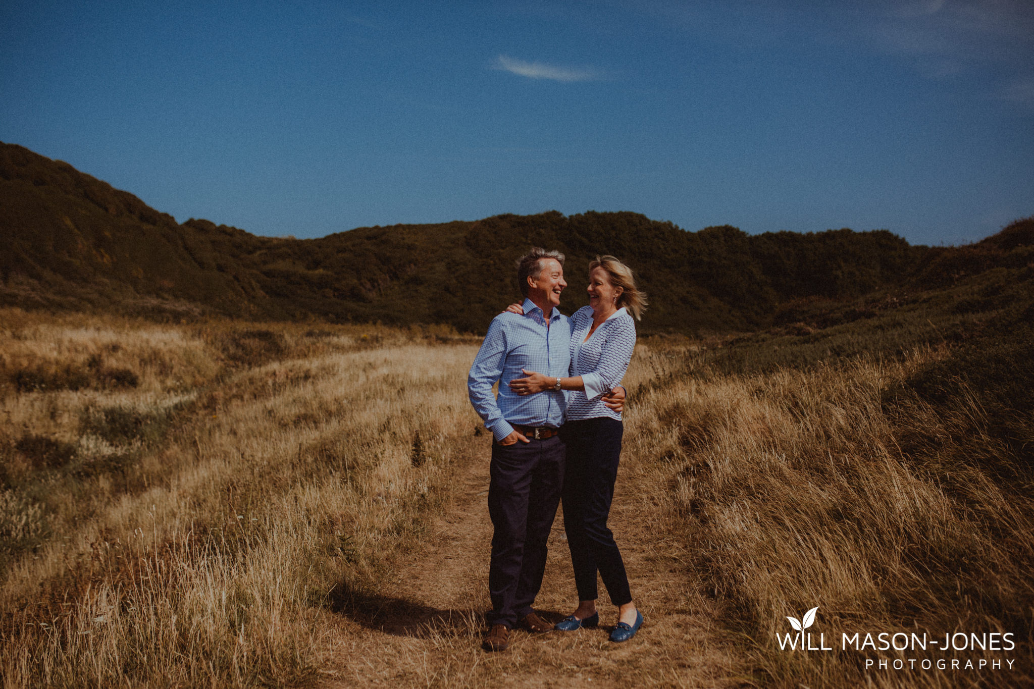 swansea-cardiff-pre-wedding-photographer-nash-point-lighthouse-llantwit-major-66.jpg