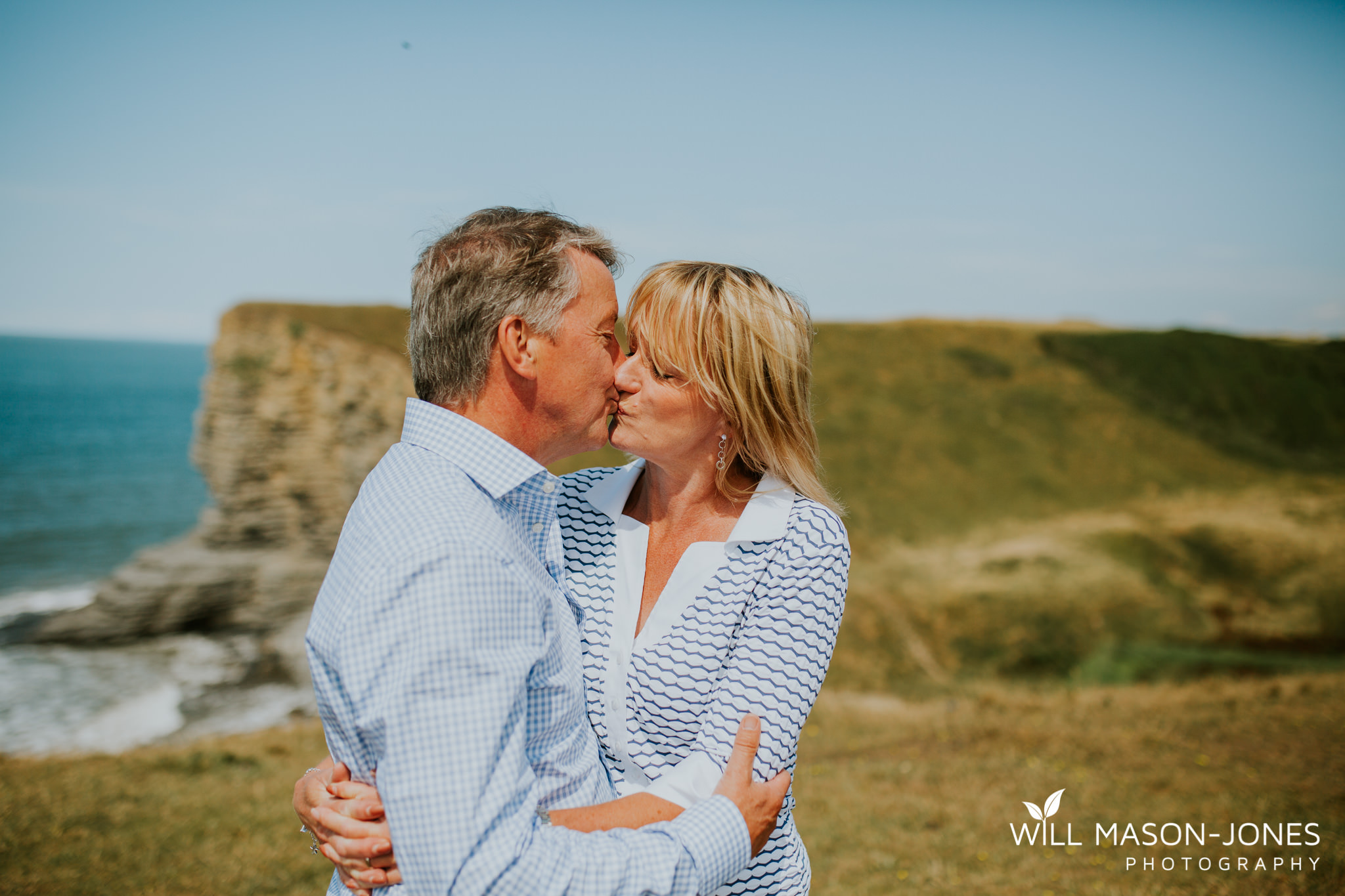 swansea-cardiff-pre-wedding-photographer-nash-point-lighthouse-llantwit-major-95.jpg