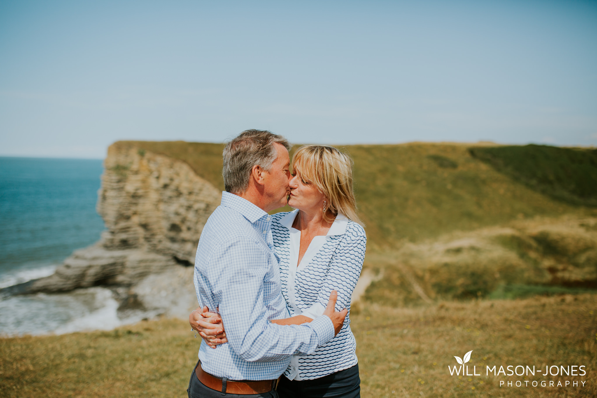 swansea-cardiff-pre-wedding-photographer-nash-point-lighthouse-llantwit-major-96.jpg