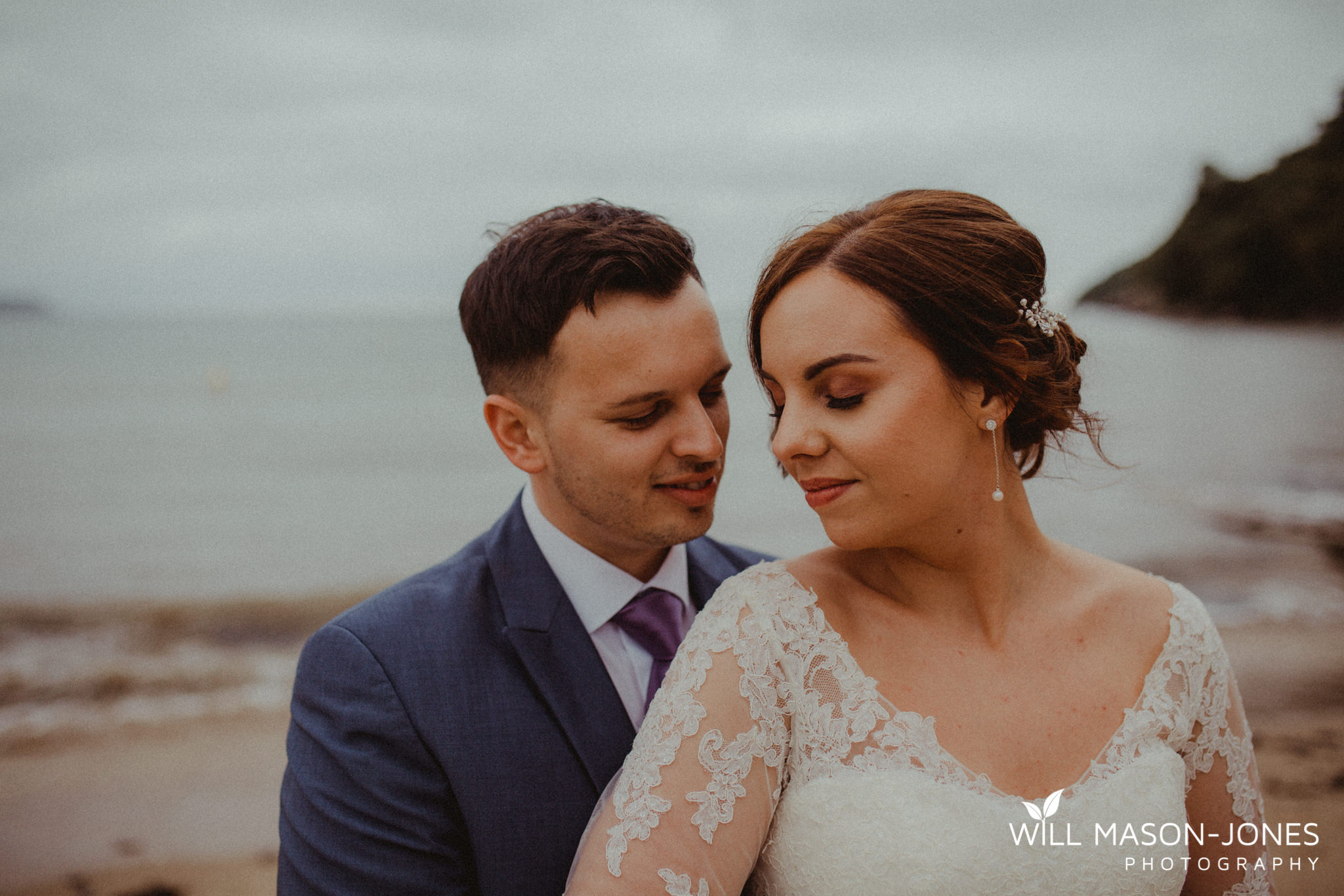 oxwich-bay-hotel-swansea-wedding-sunset-beach-natural-relaxed-photographers-8.jpg