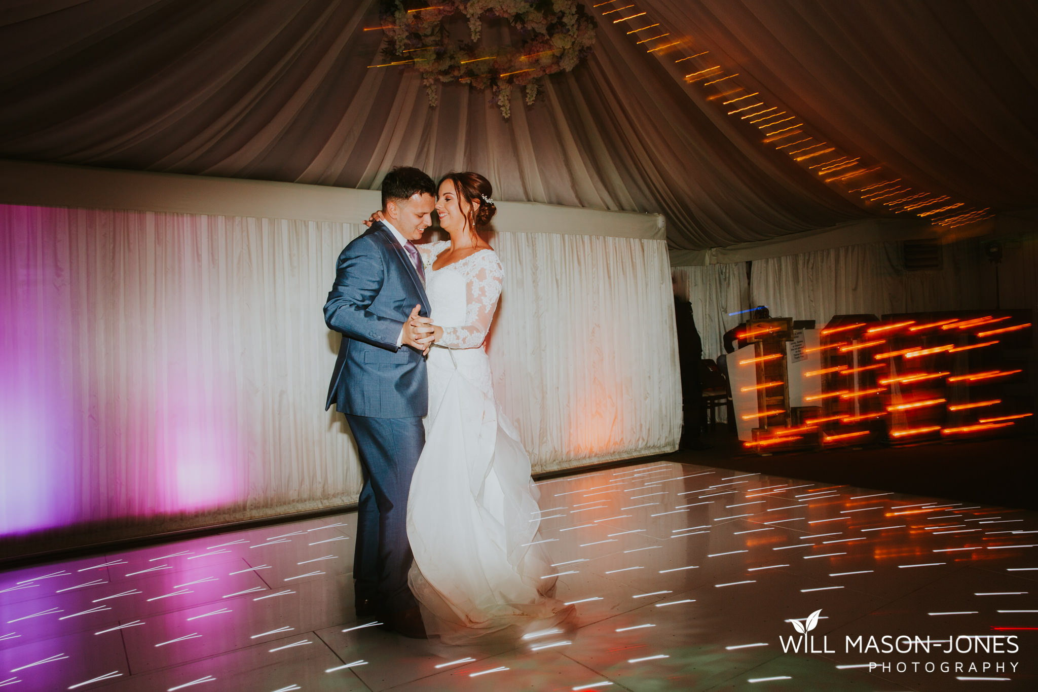 oxwich-bay-hotel-swansea-wedding-fun-dancefloor-colourful-photographers-5.jpg