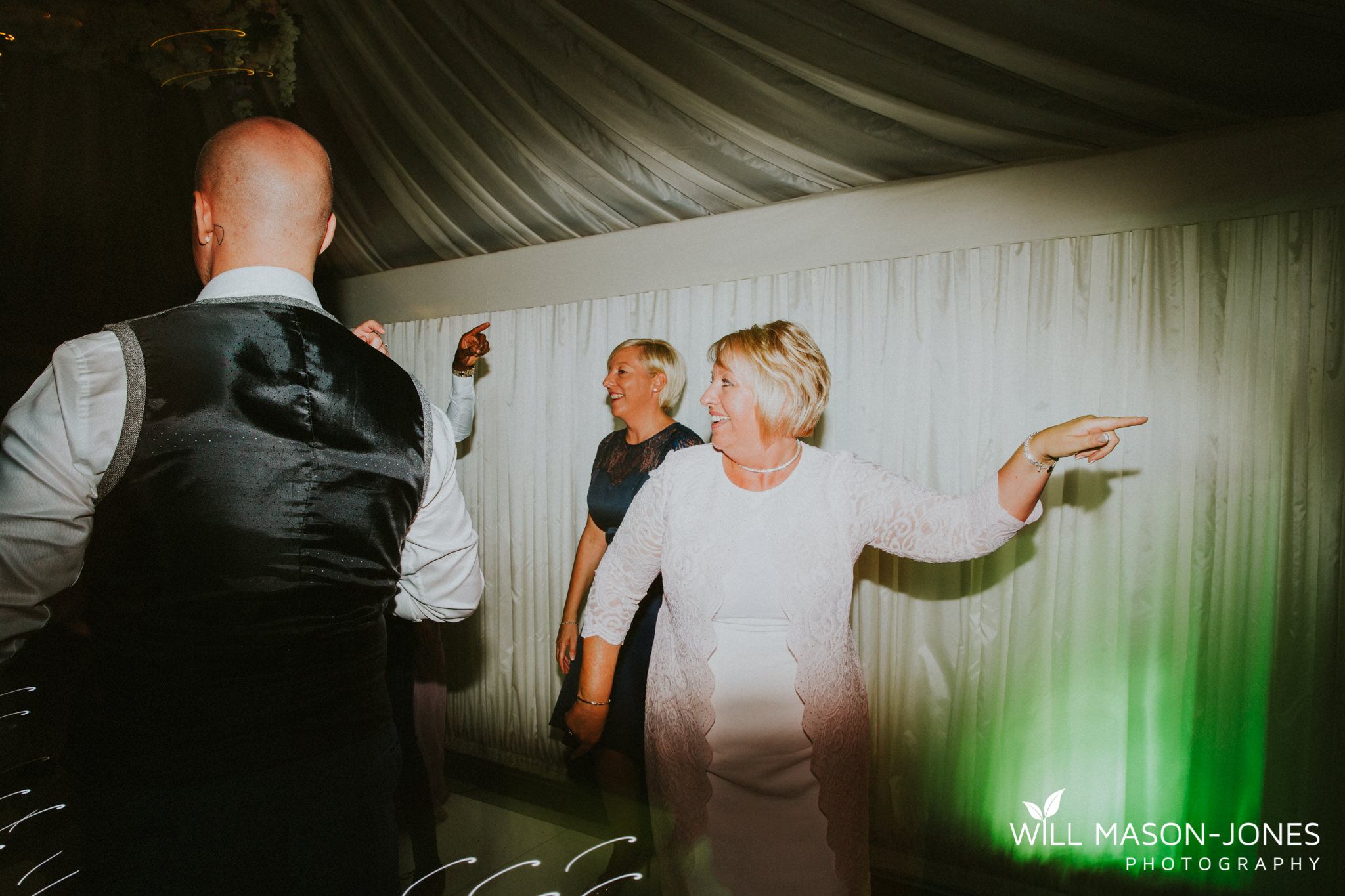 oxwich-bay-hotel-swansea-wedding-fun-dancefloor-colourful-photographers-14.jpg