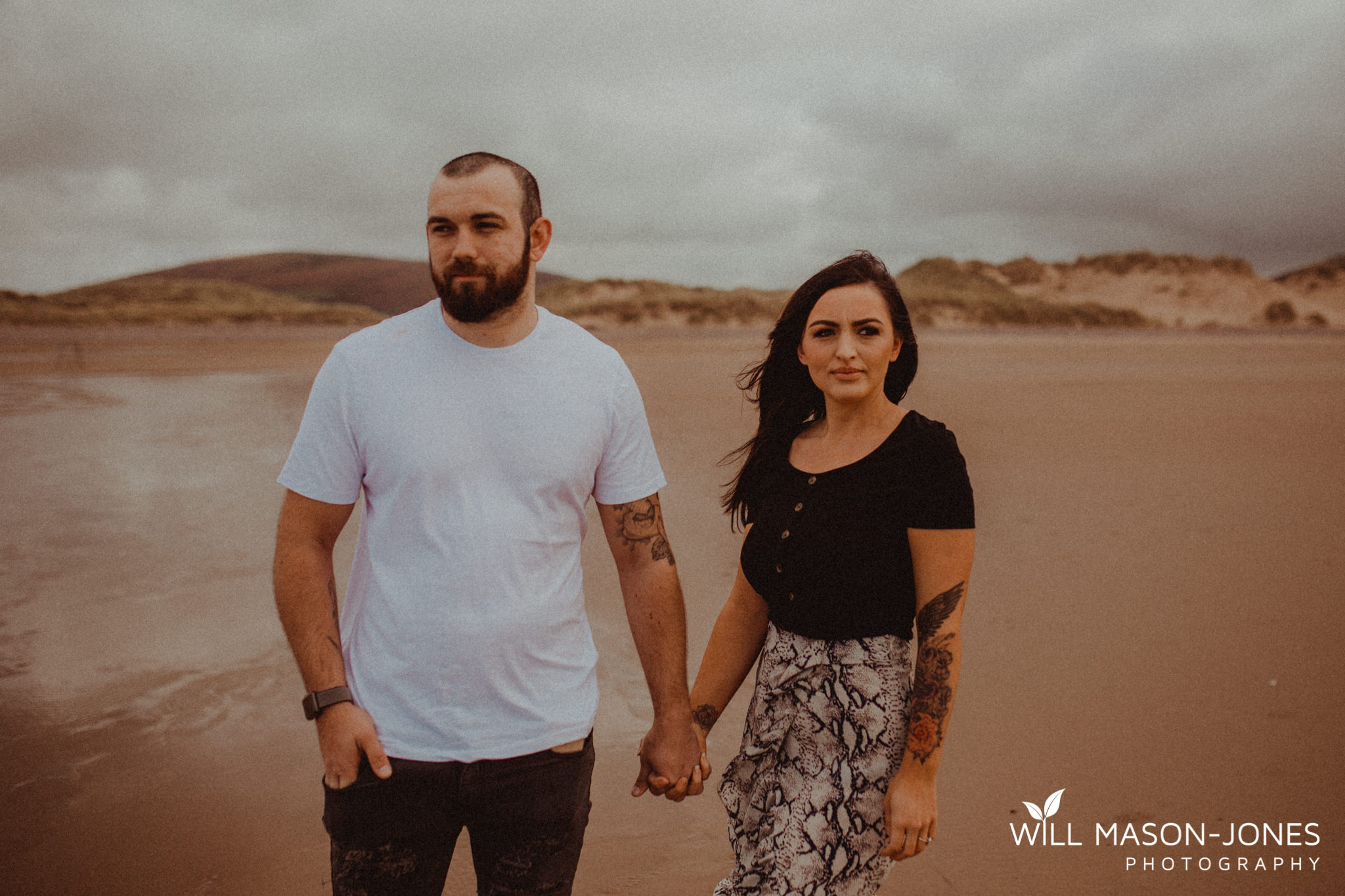 llangennith-pre-wedding-photographer-beach-couple-portraits-27.jpg