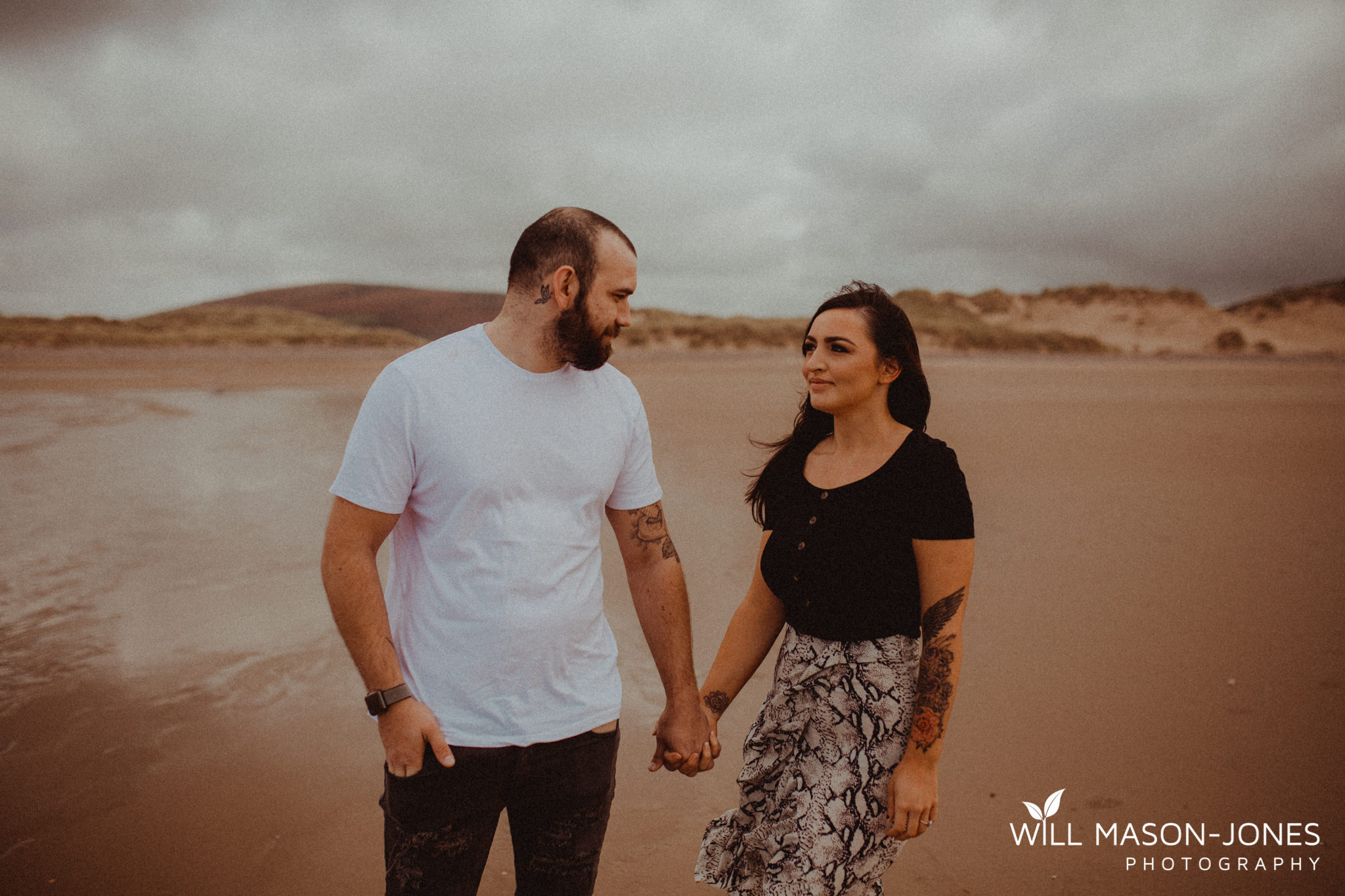 llangennith-pre-wedding-photographer-beach-couple-portraits-28.jpg