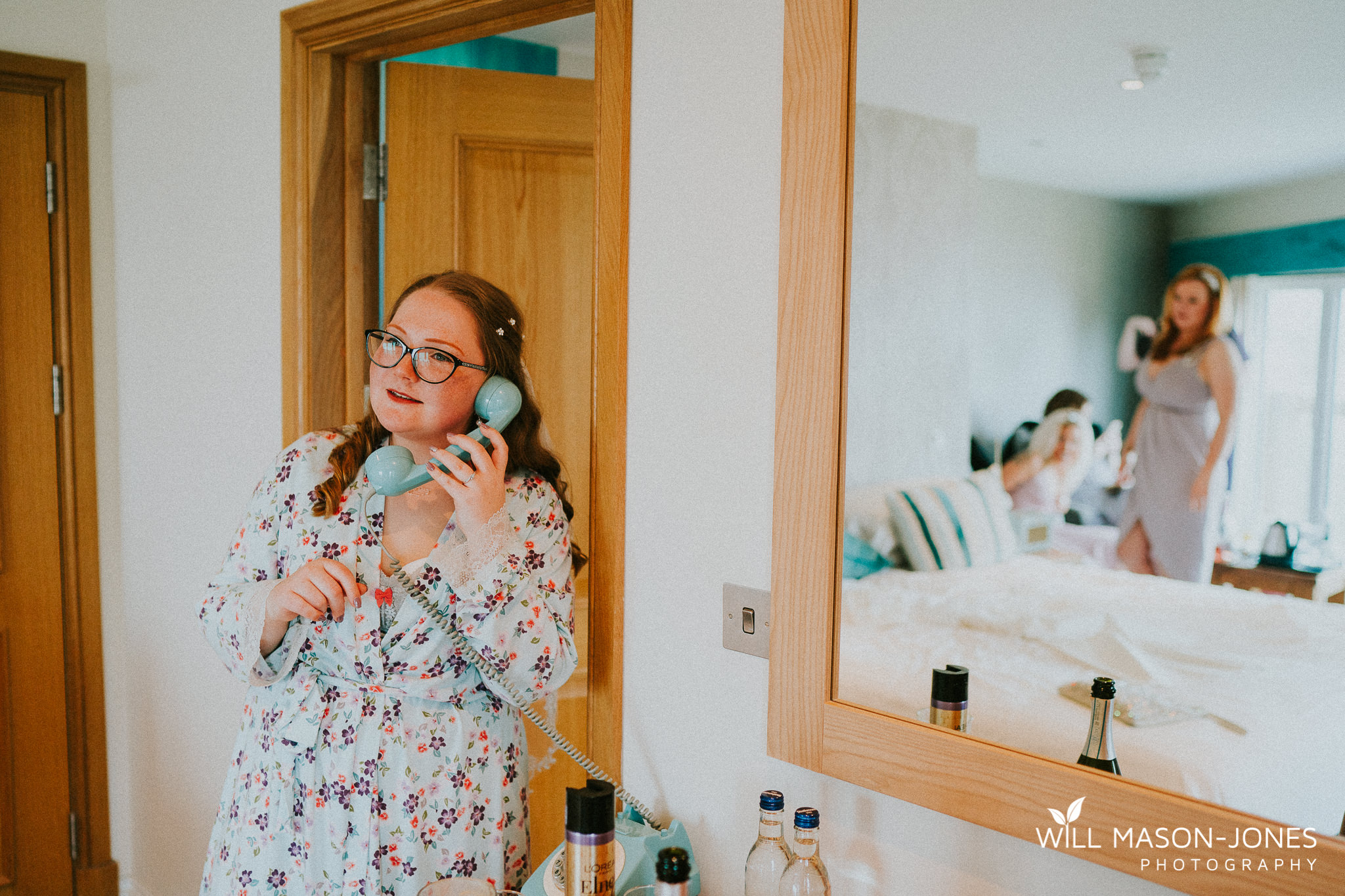 alternative colourful relaxed groom and bridal preparations photography oxwich bay hotel swansea