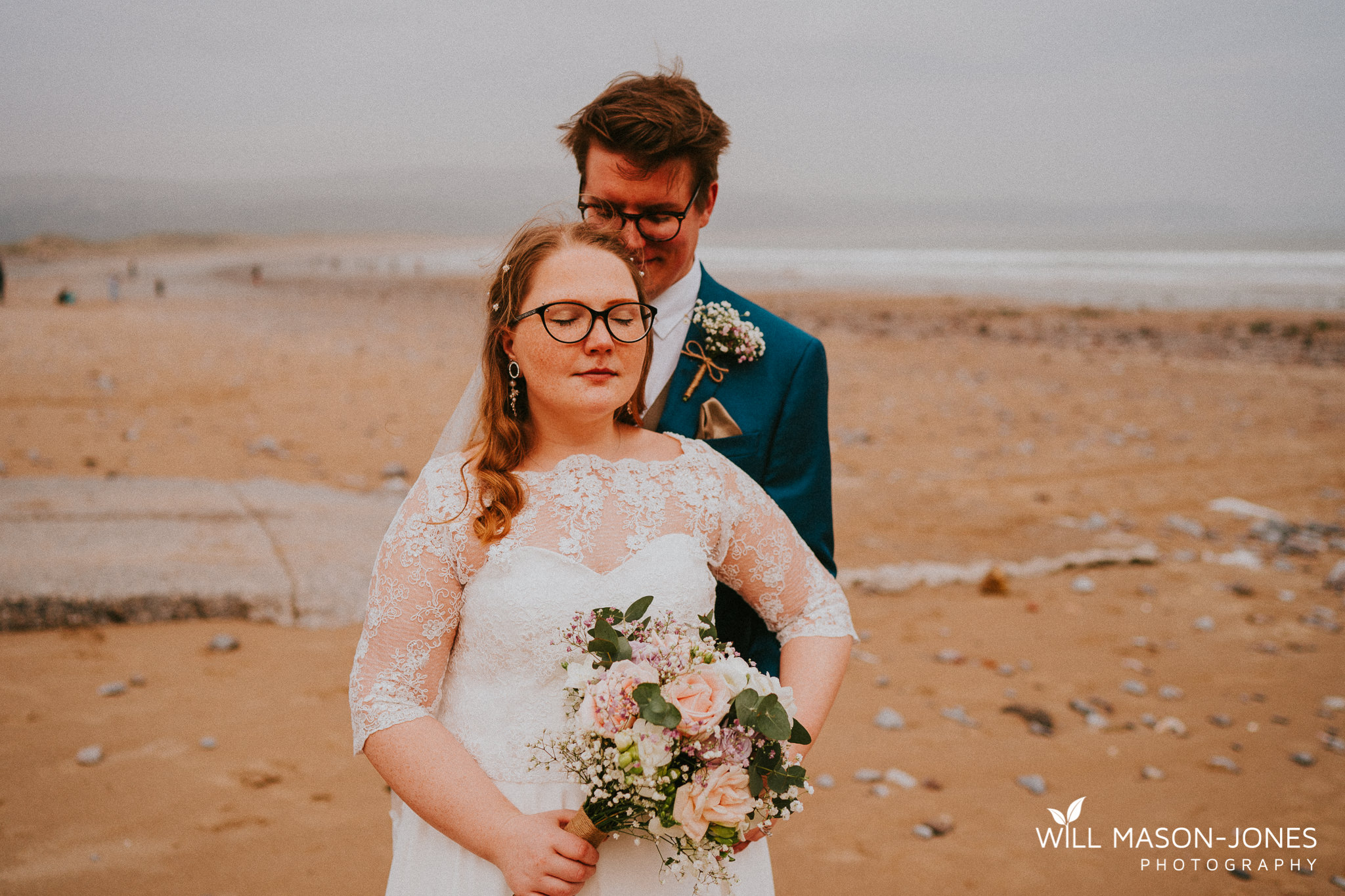 beach couple portraits colourful natural wedding photographer oxwich bay