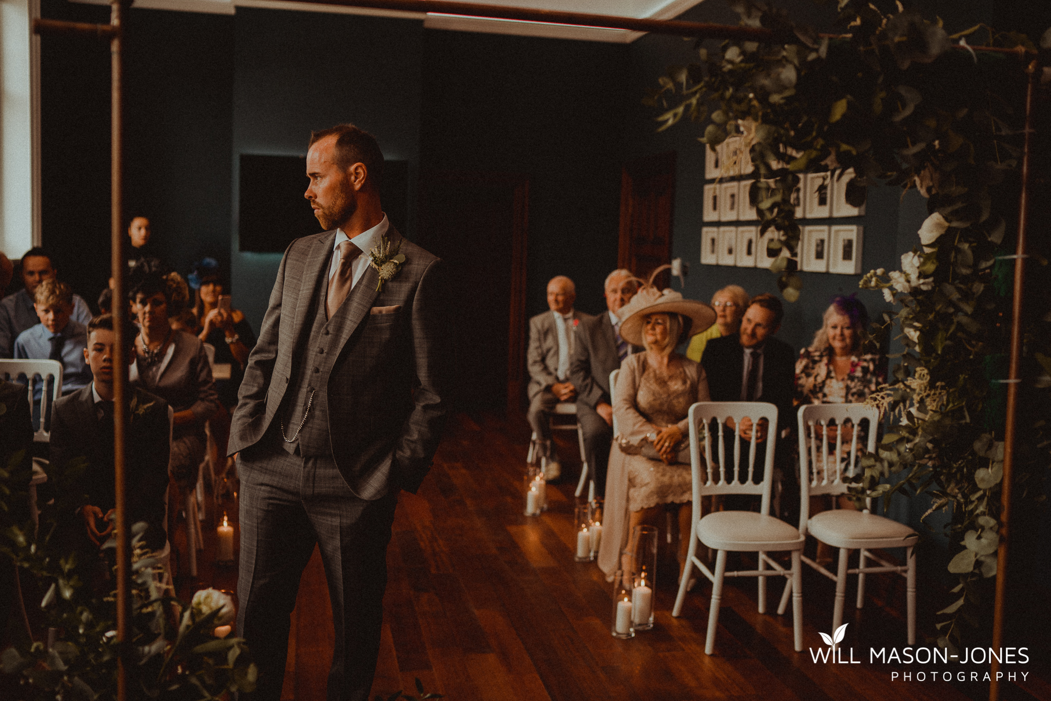 small relaxed intimate wedding ceremony in morgans hotel swansea