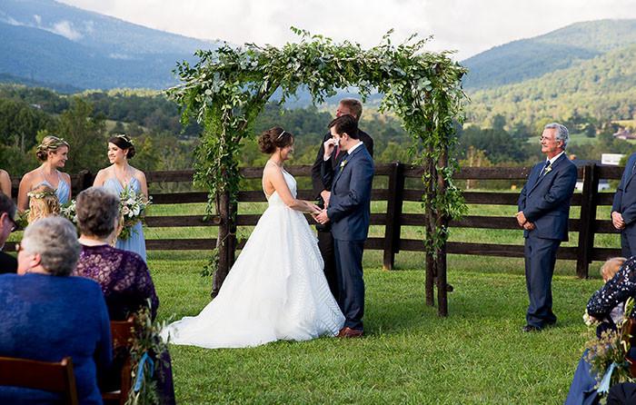 14-Modern-Southern-Charm-Wedding.jpg