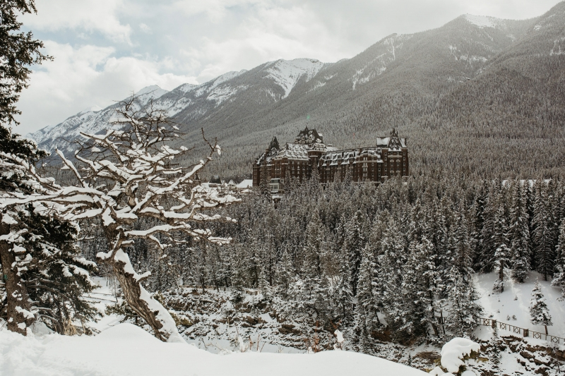 Snowy Banff Wedding Venue
