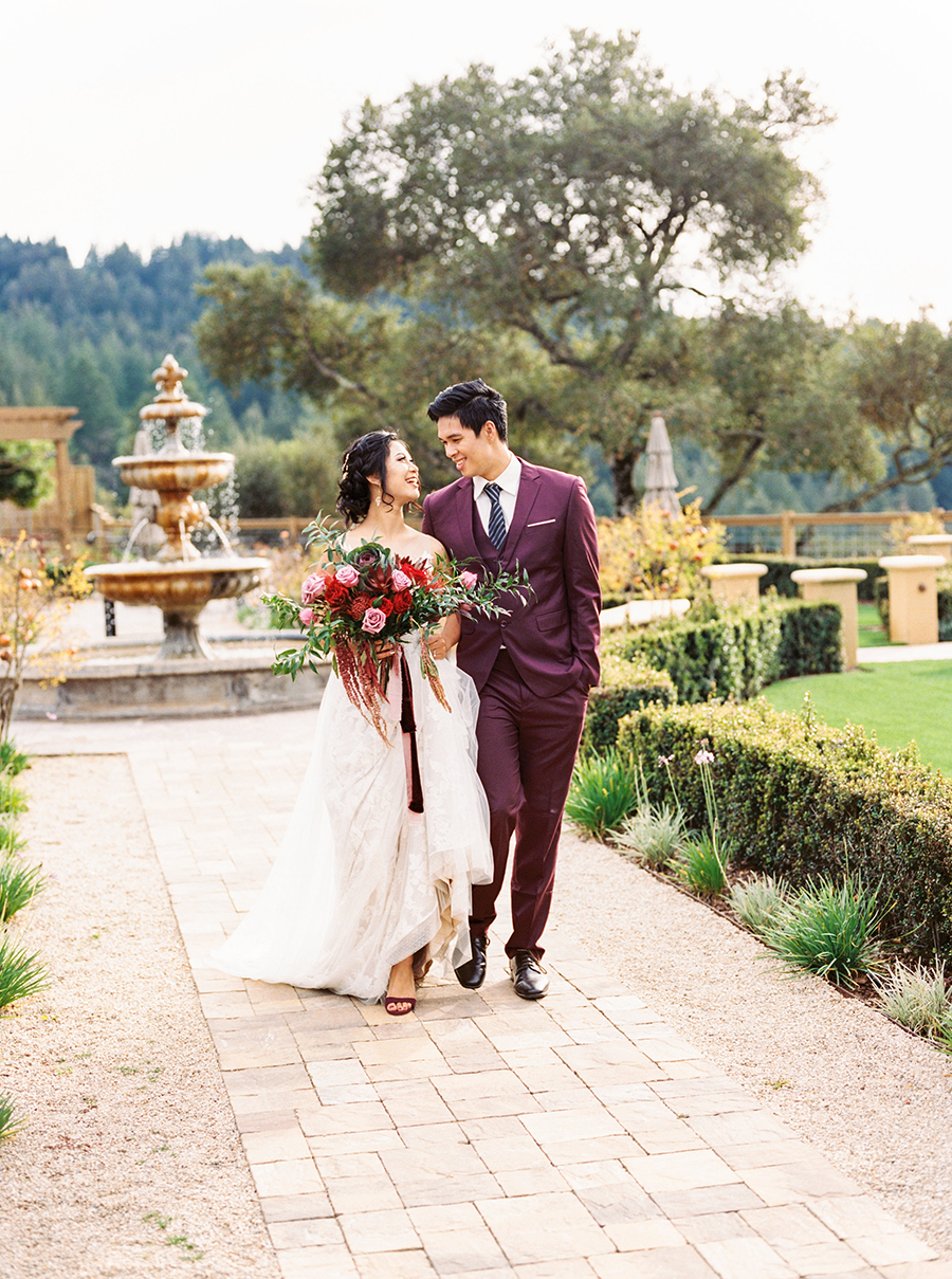Romantic Regale Winery Wedding Shoot