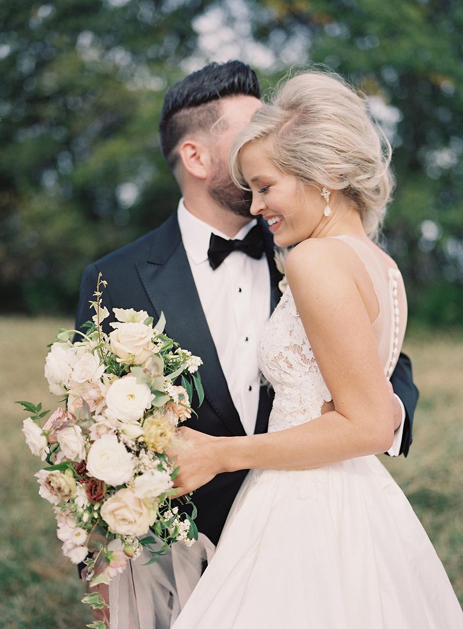 13-country-wedding-style-dan-shay.jpg