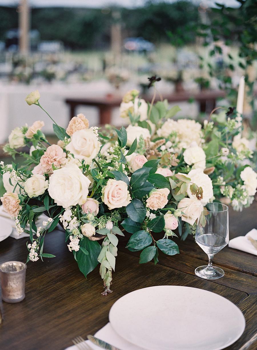 20-country-wedding-style-dan-shay.jpg