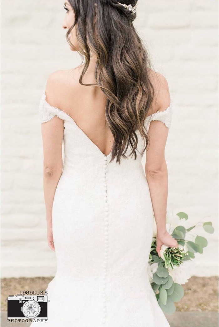 Low Back Fitted Wedding Dress with Off the Shoulder Sleeves