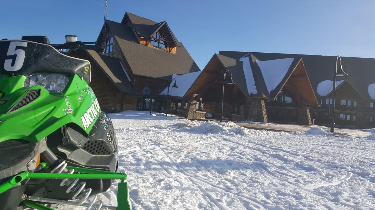 NWB_EKR_WinterActivities_Snowmobile_2.jpg