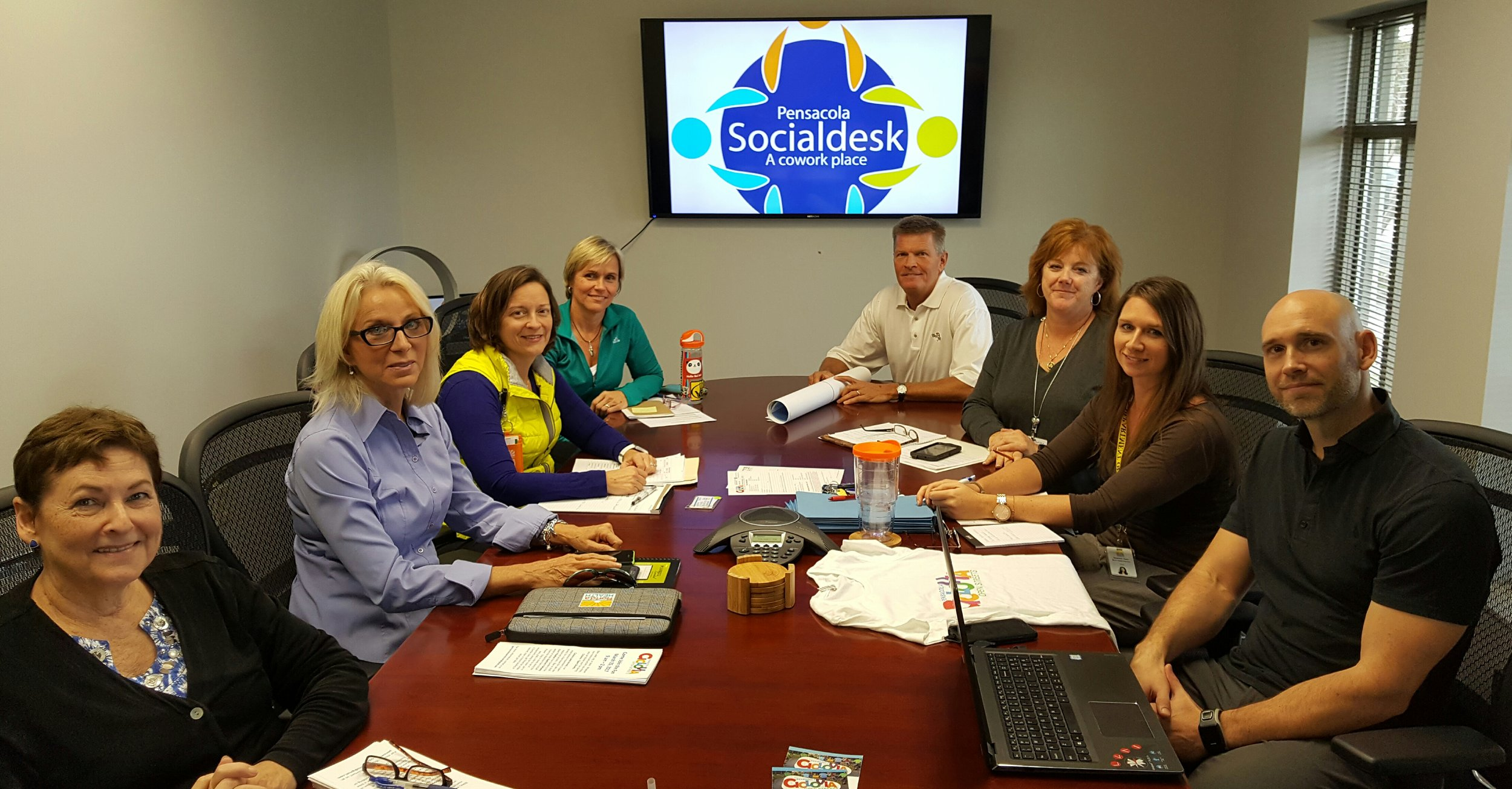 The happy ciclovia team at work at Socialdesk!