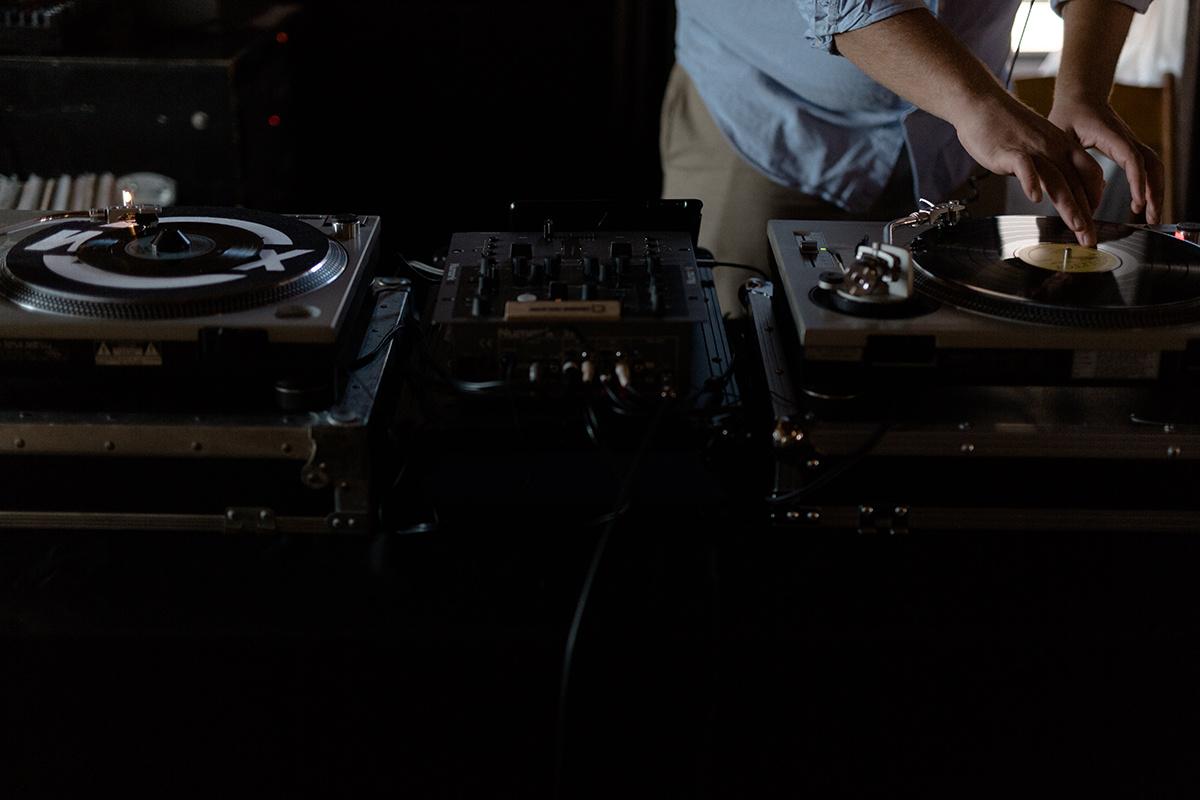 Wedding dj music