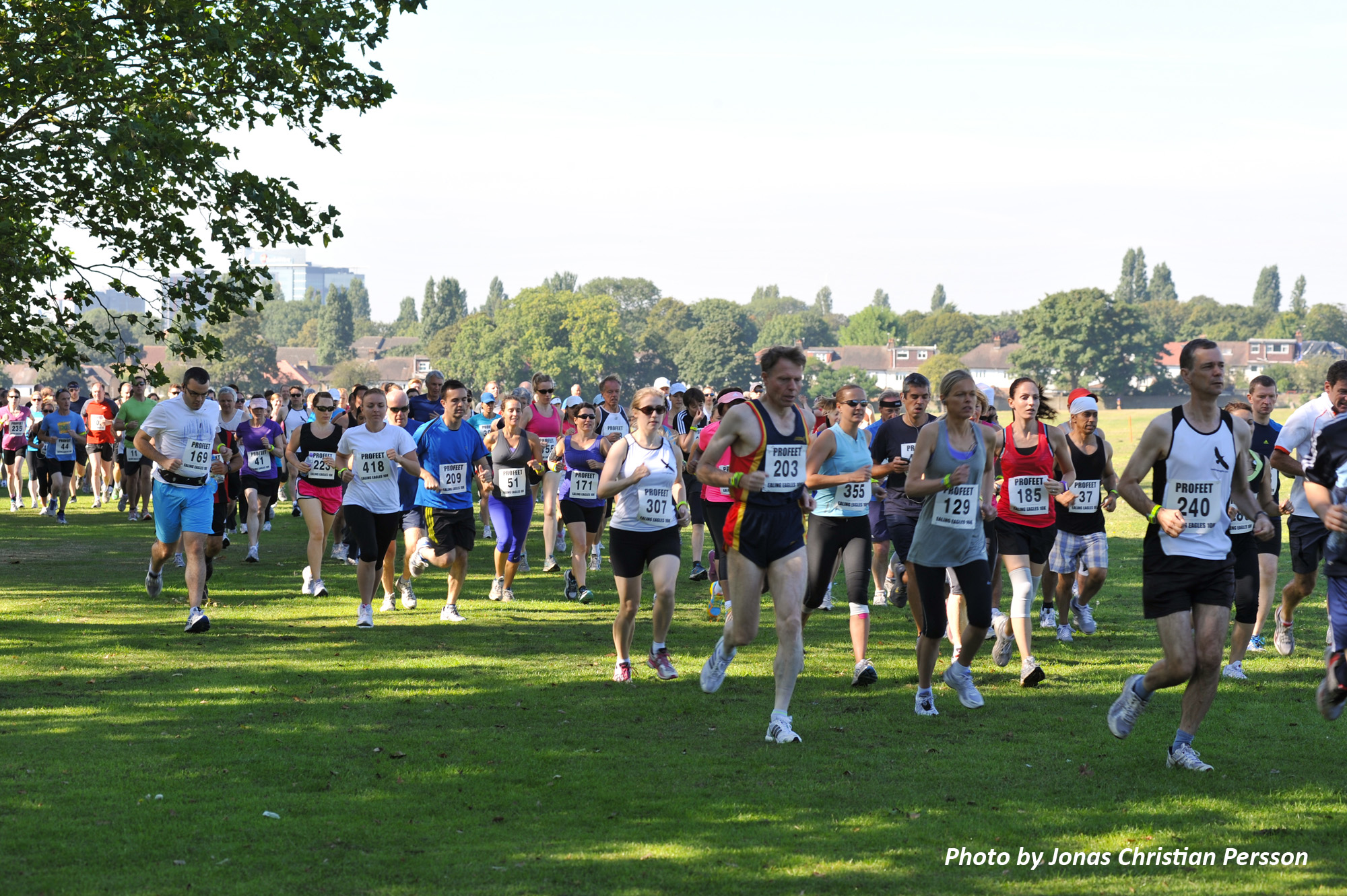 A large group of running Ealing Eagles