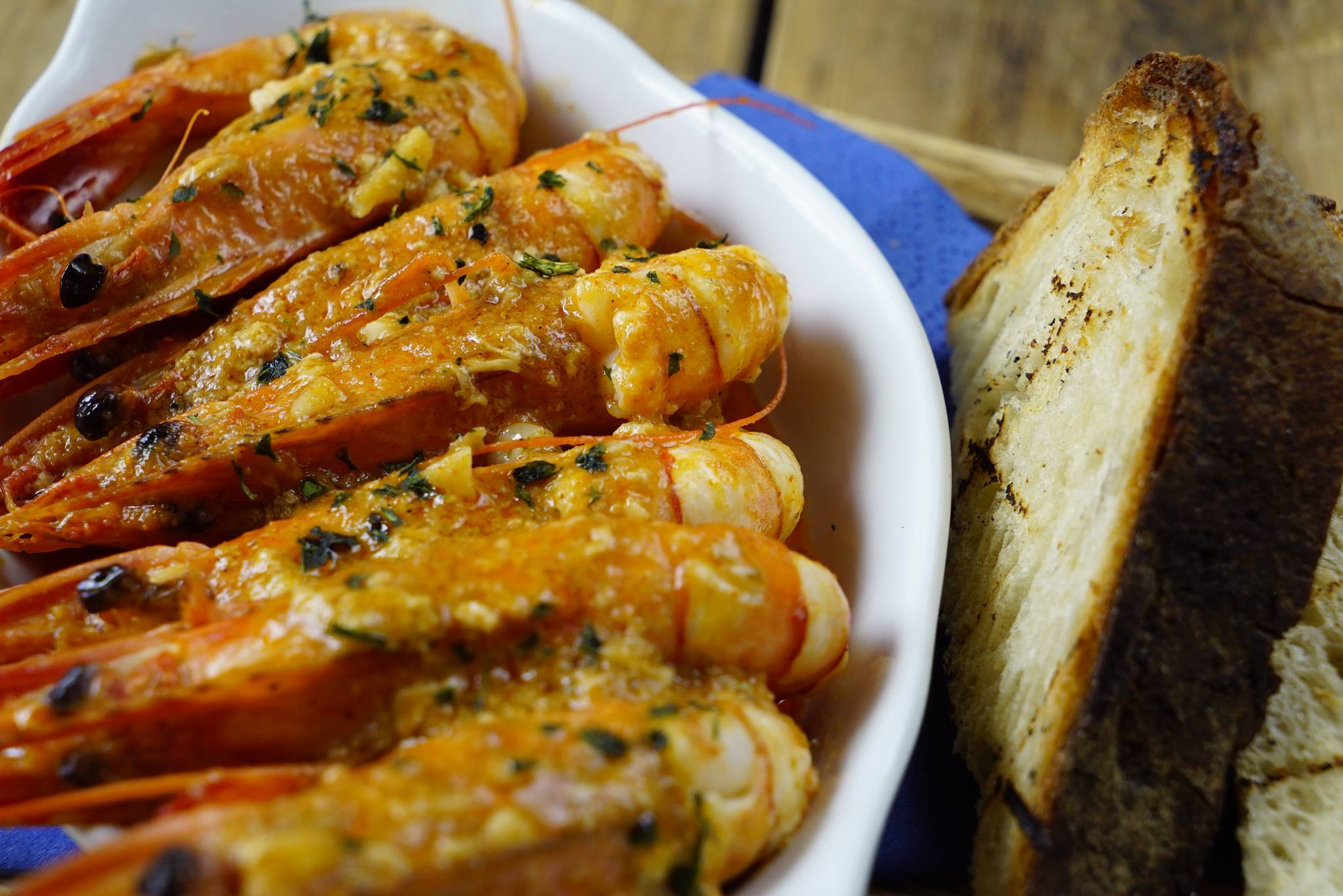 Prawns and bread at The Star & Anchor pub, West Ealing