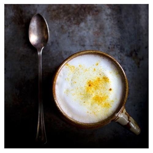 Autumn Warming Turmeric Chai Latte