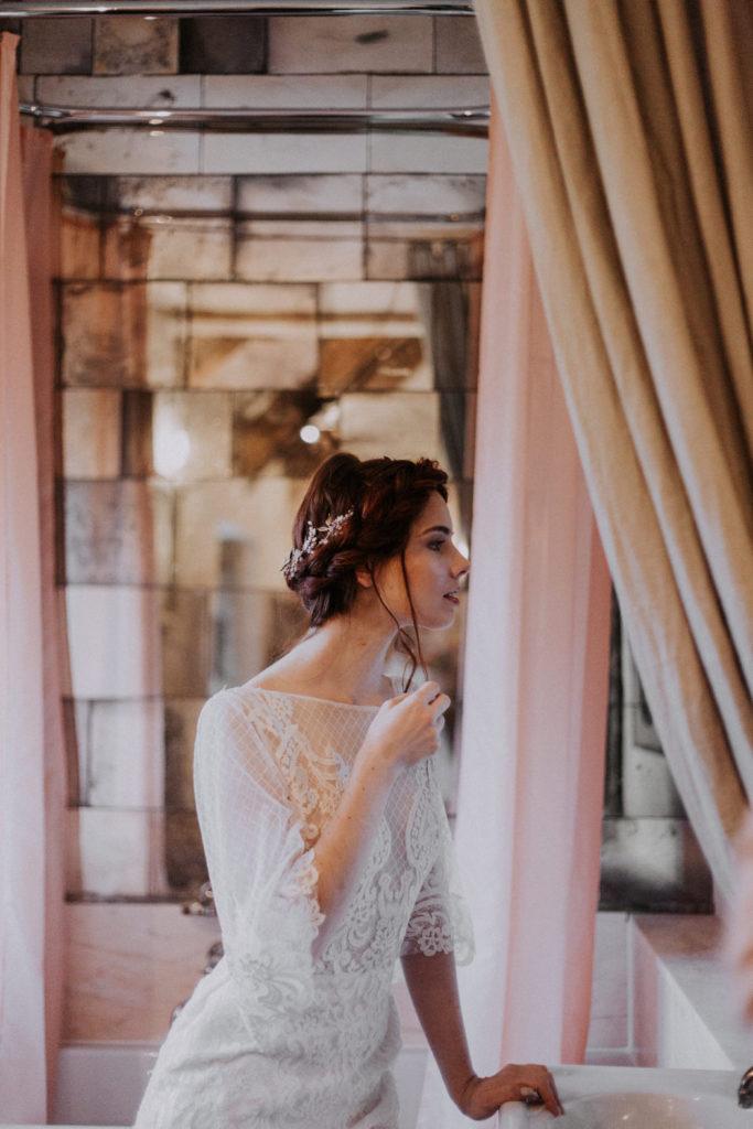 autumn-wedding-venue-inspiration-court-house-farm-somerset-06-683x1024.jpg