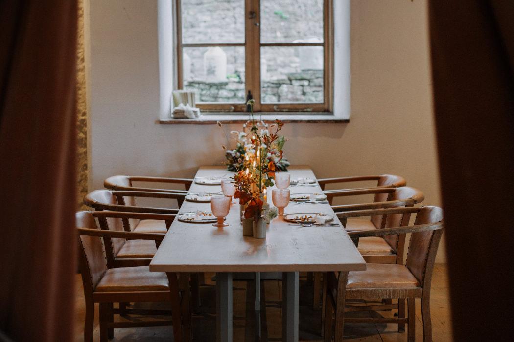 autumn-wedding-venue-inspiration-court-house-farm-somerset-36-1.jpg