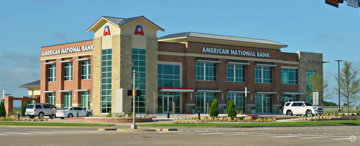 American National Bank Building   2500 E Broad St, Mansfield, TX 76063