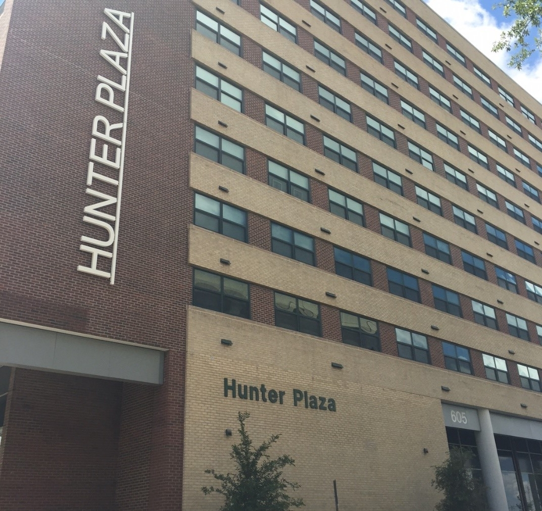 Hunter Plaza   605 W 1st St, Fort Worth, TX