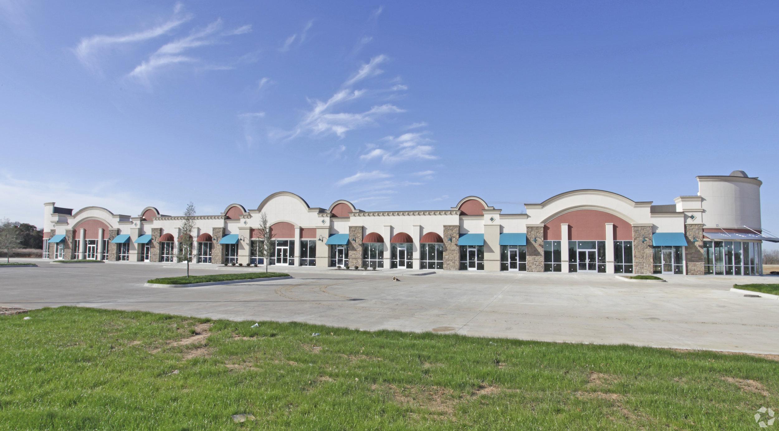 The Summit at Sublett   5100 W Sublett Rd, Arlington, TX 76001
