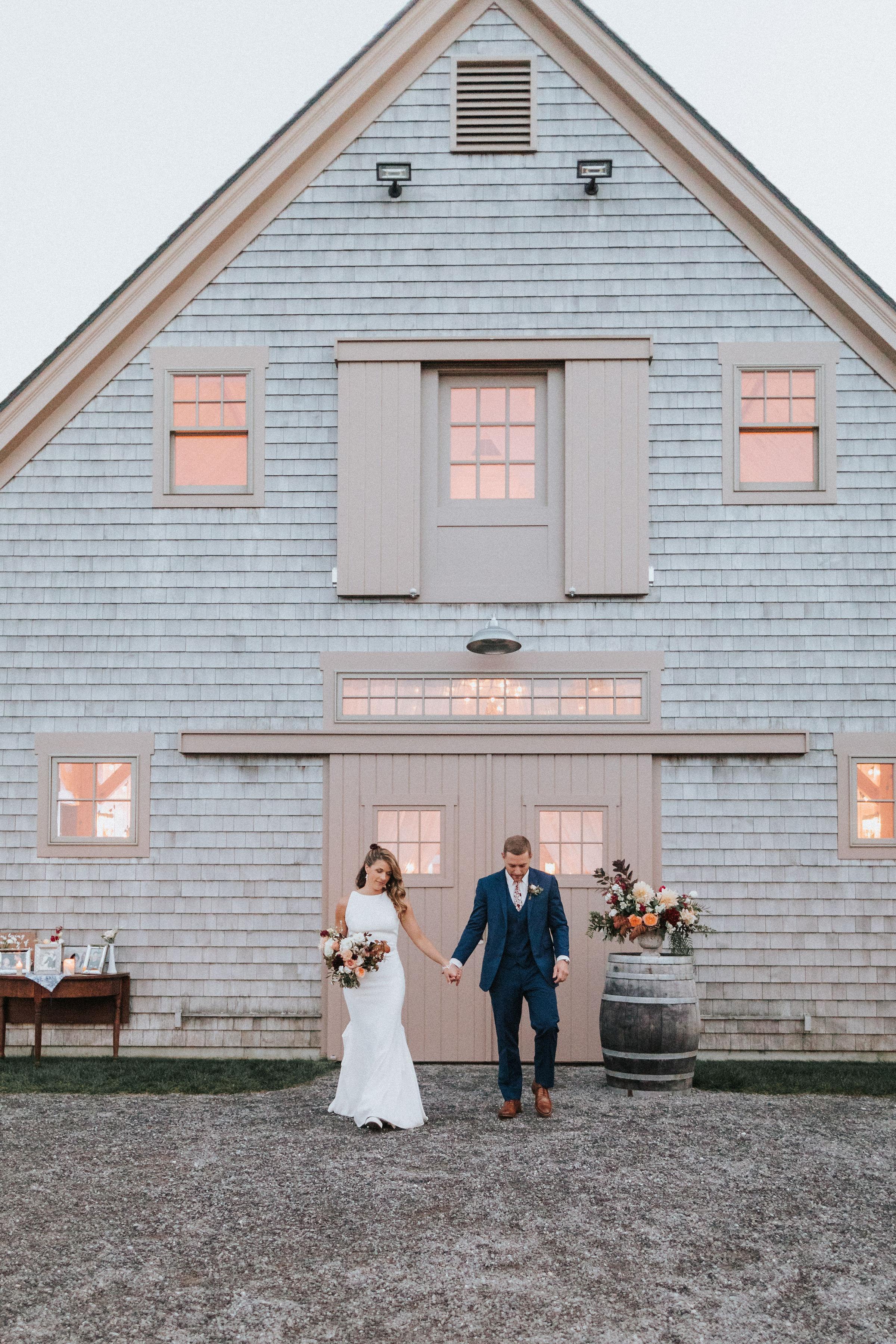Allie_Greg_Beech_Hill_Barn_Wedding_Dinner-276.jpg