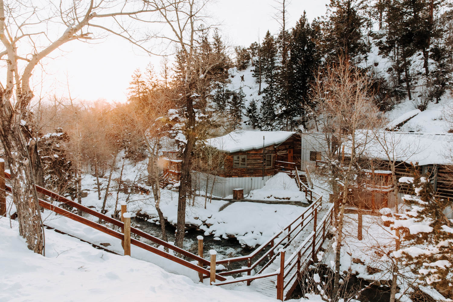buena-vista-merrifield-cabin-private-hot-spring
