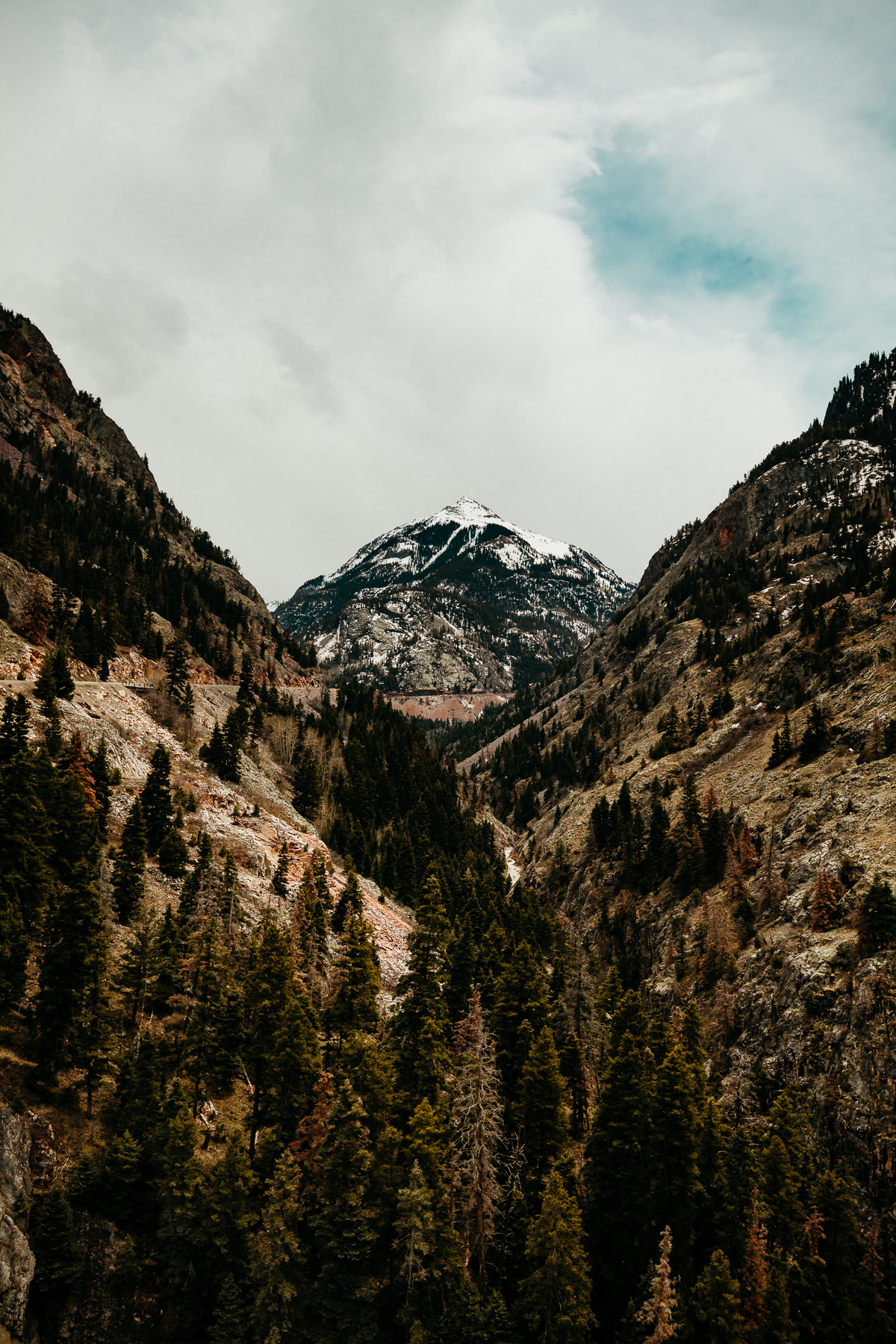 The Ultimate 10 Day Road Trip Through Colorado | Ouray and Red Mountain Pass