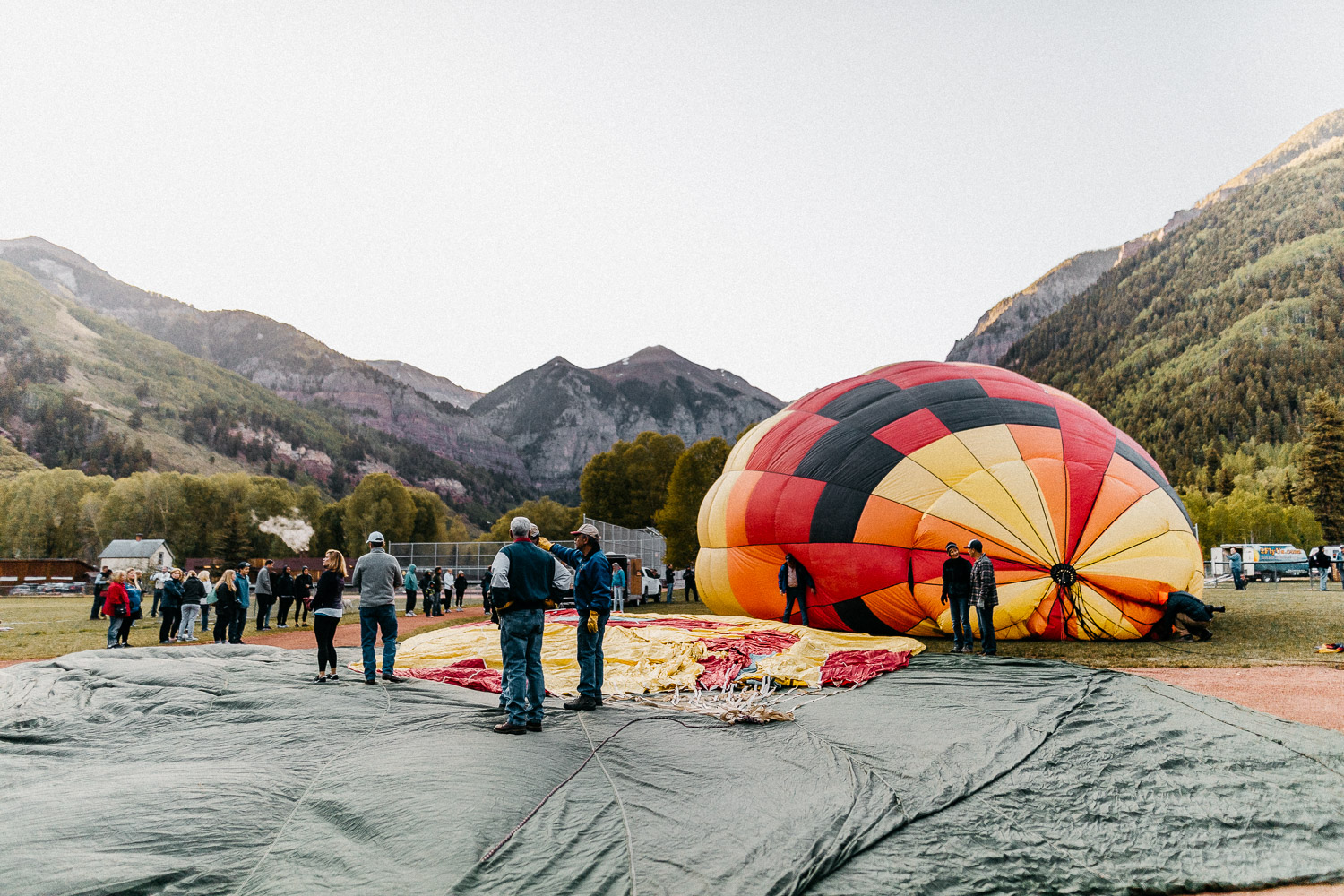 The Ultimate 10 Day Road Trip Through Colorado | Telluride Hot Air Balloon Festival