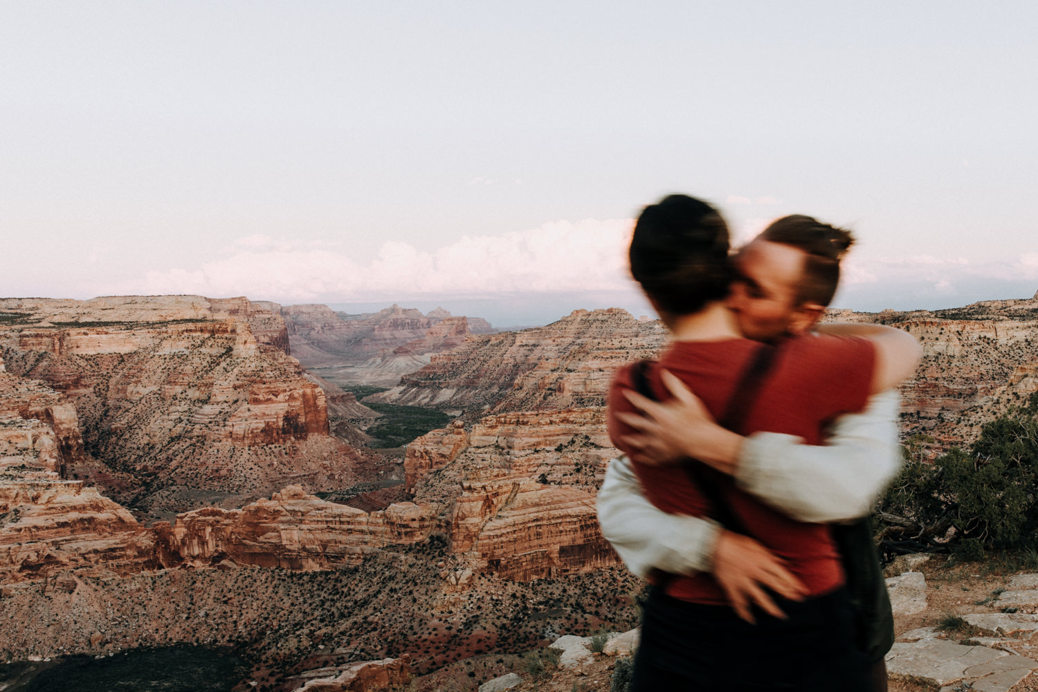 Utah engagement and adventure elopement photographer