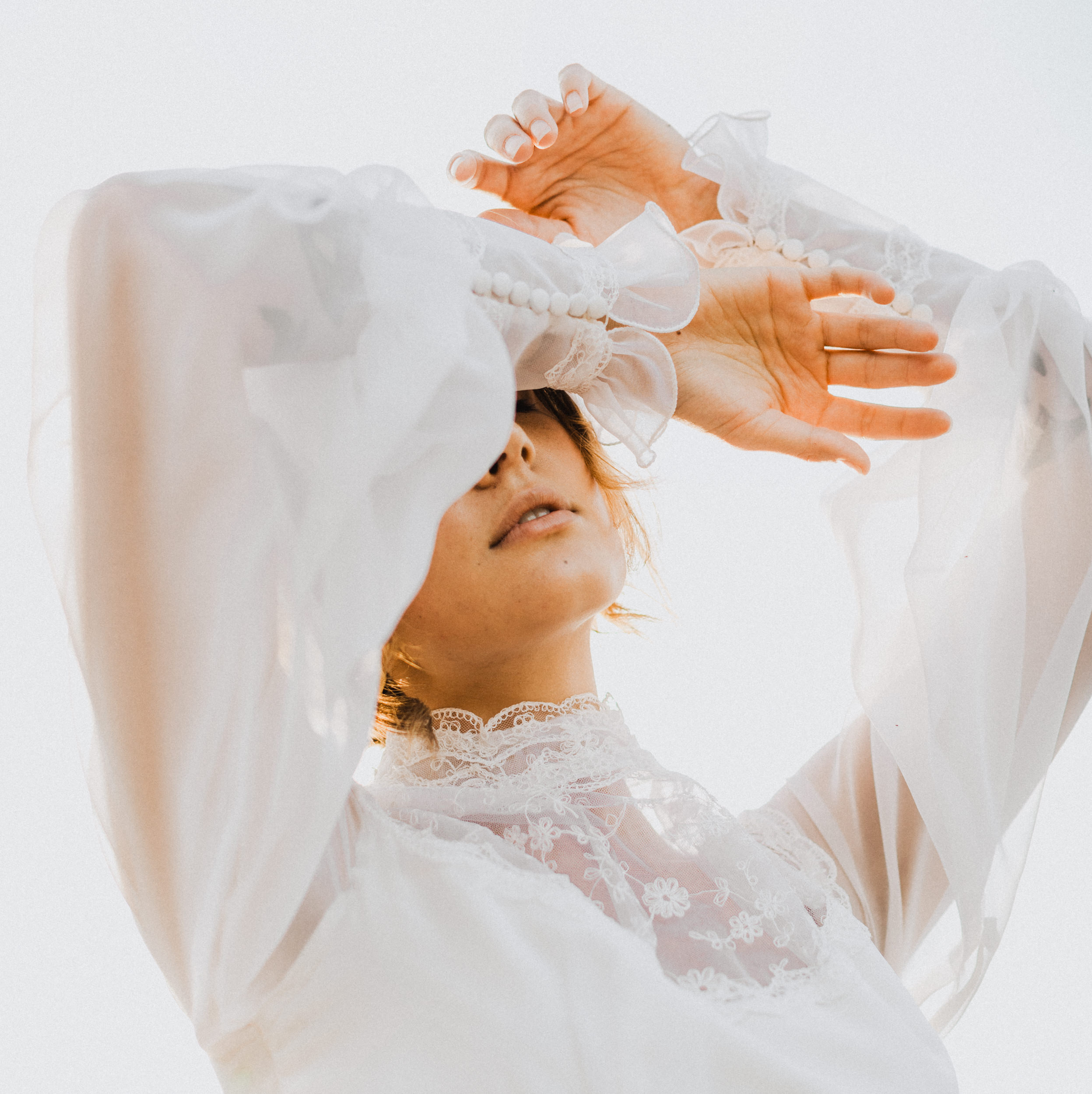 Palisade wedding dress photoshoot for Kagami Vintage with Western Slope wedding photographer Kimberly Crist