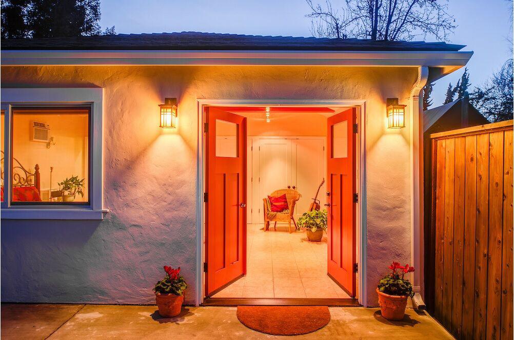 Berkeley-Garage-To-Guest-Cottage-Thumbnail.jpg