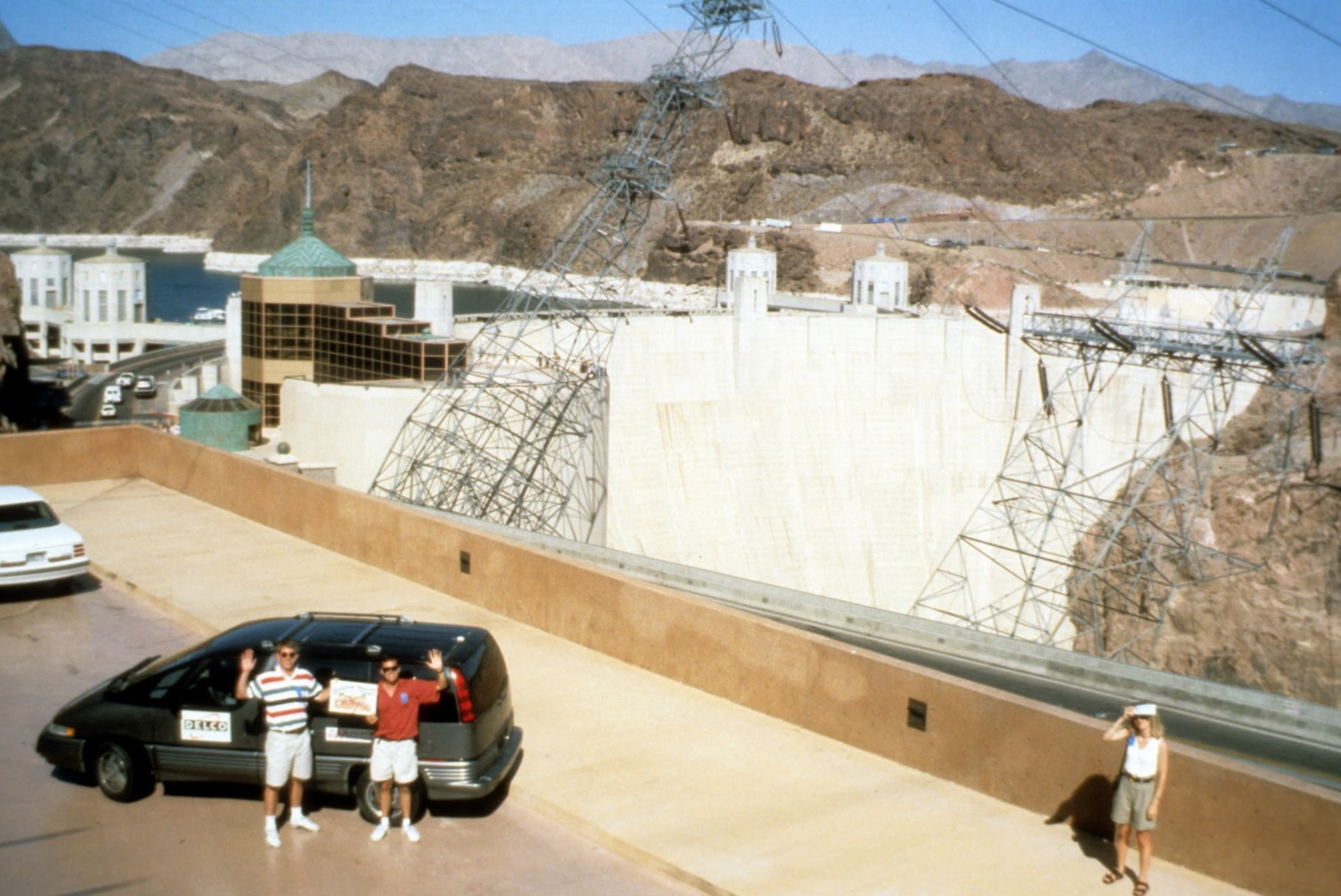 ralph becomes the first autonomous vehicle to cross the hoover dam. image credit: Todd Jochem