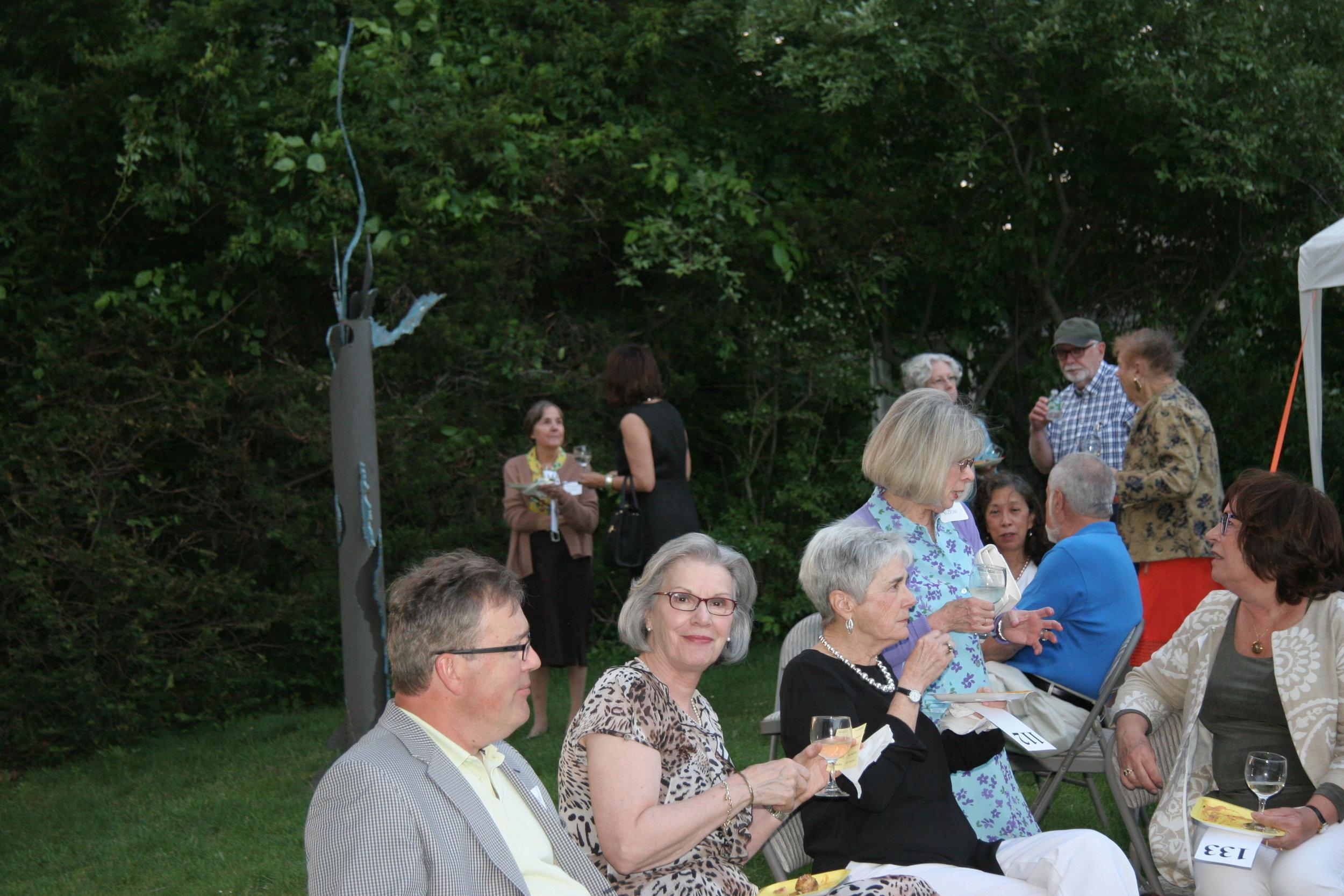 Garden Party 016.jpg