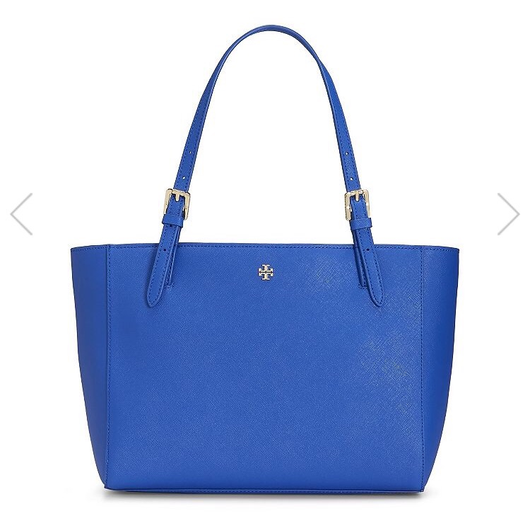 The York Tote (small) on sale for $169, originally $245. There are 4 other colors on sale as well. This bag never goes on sale and is always left out of Tory's promotions, so now is a great time to snag one!