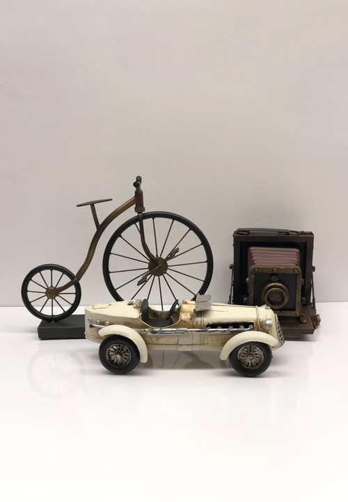 BIKE + CAR PROPS