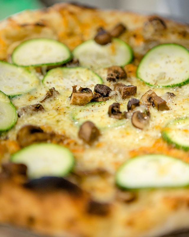 Our summer ☀️ pizza menu is now online to view! CHECK IT in our bio link 🍕 • • • #ilforno	#localpizza #satx #pizza #veggiepizza #🍕