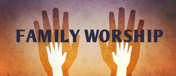 pic_family worship_a.jpg