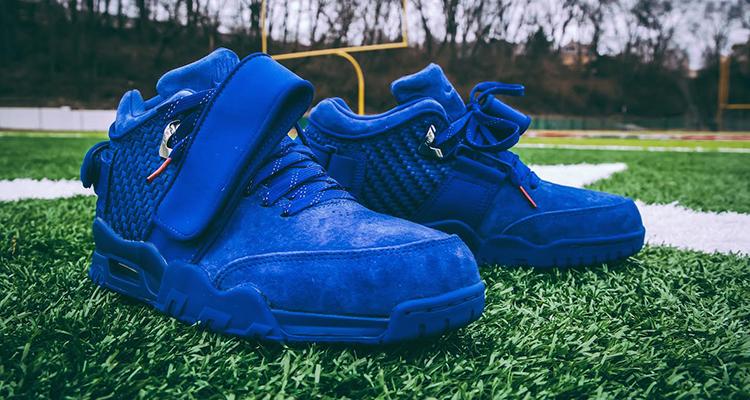 Nike-Air-Trainer-Cruz-Rush-Blue.jpg