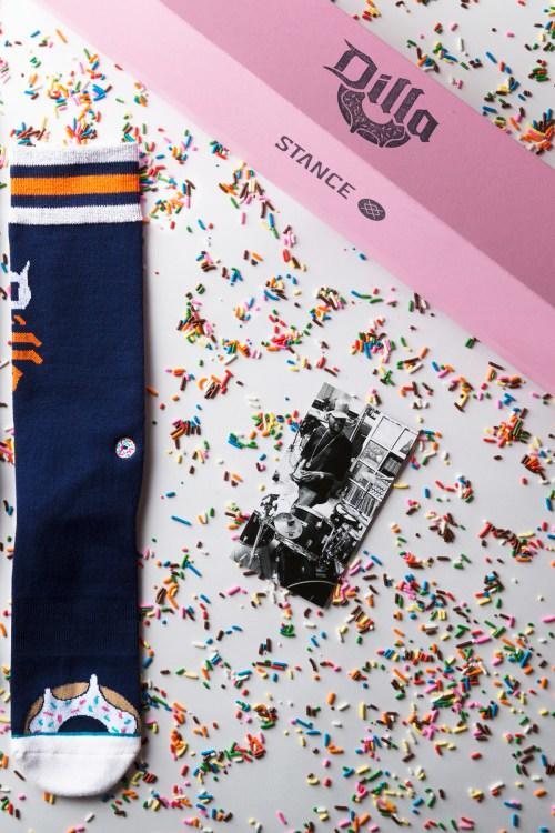stance-j-dilla-donuts-socks-1_o1qa8q.jpg