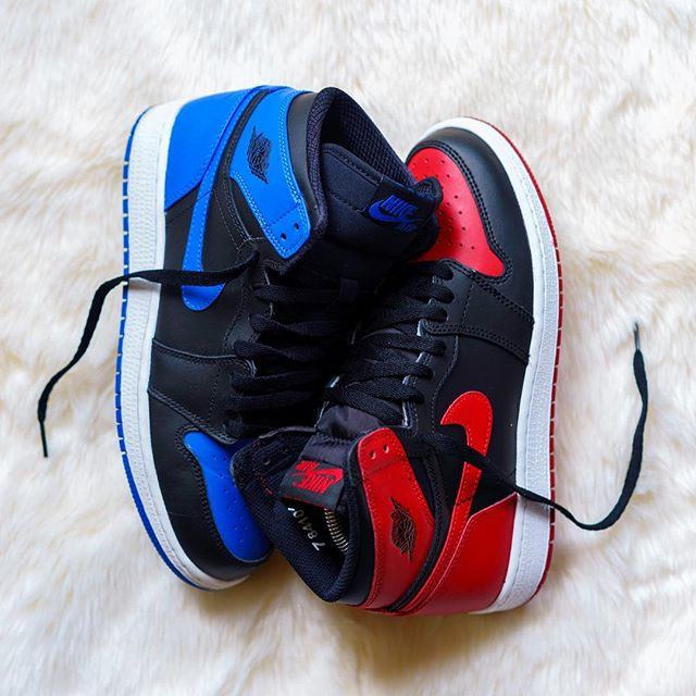 which do you pick? blue or red? 🔵🔴 #jentwice #MJmondays