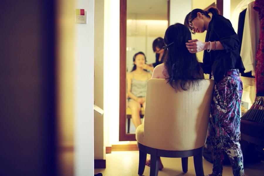 [JC]CREATIVE | 女性婚攝 | 新娘造型師 | 自然風格| 台北新秘推薦 : 2007 從香港移居台灣, 造型自然忠於新娘獨特氣質,不盲從潮流,深受新娘推薦.
