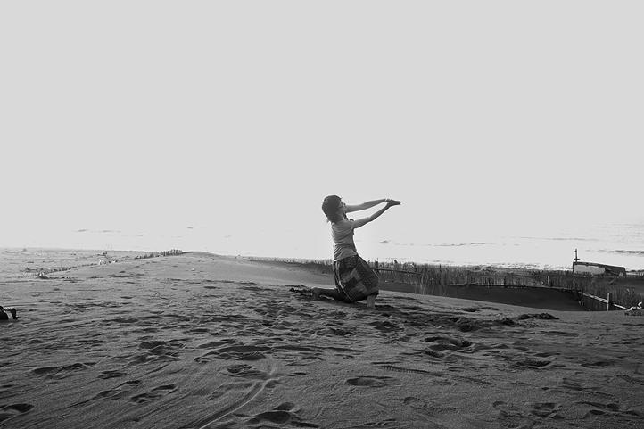 人像攝影 JCCHOW JCCREATIVE 用生命按下快門 女性攝影師 天地 黑白照 圖像00013.JPG